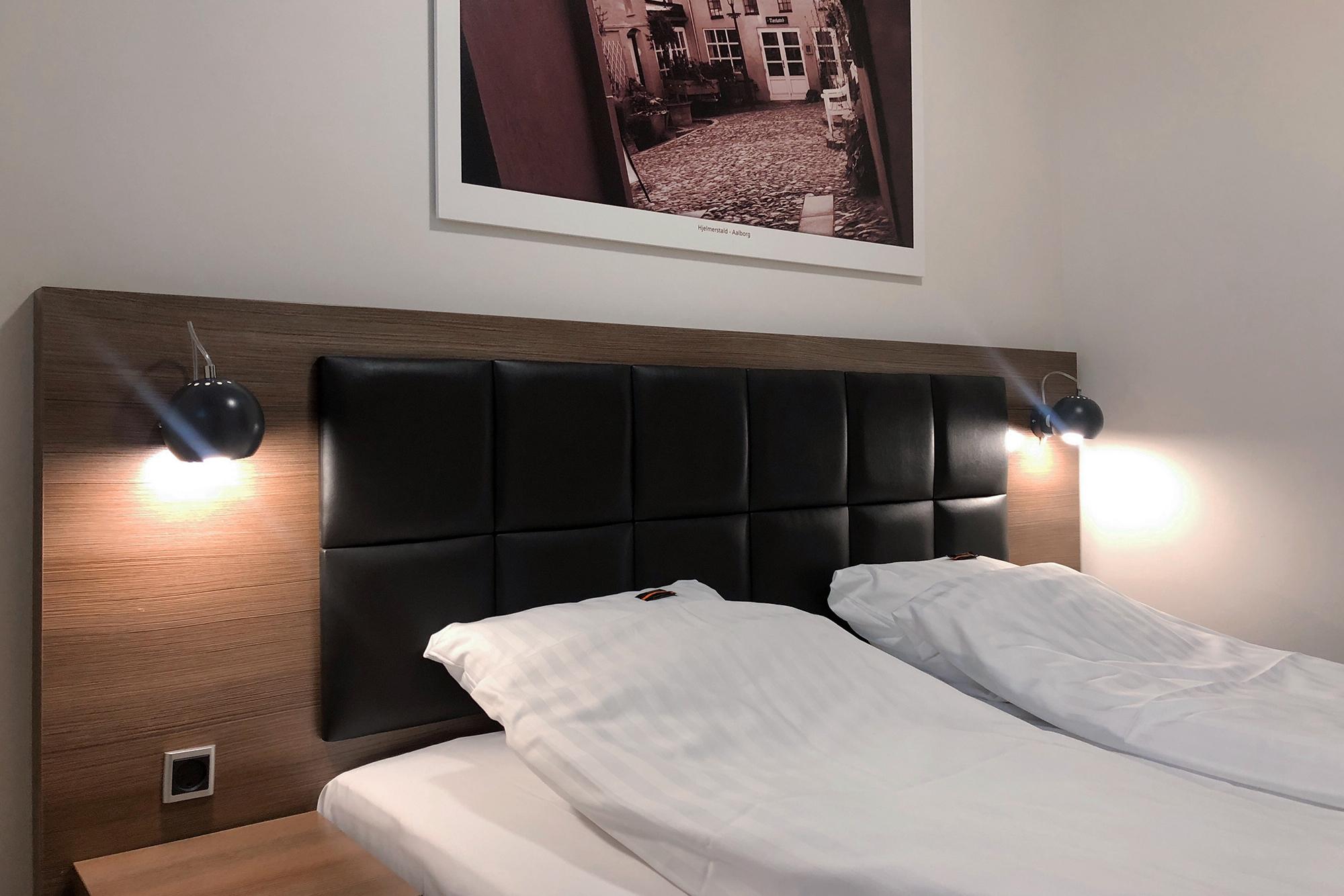Double room 4 - window fit